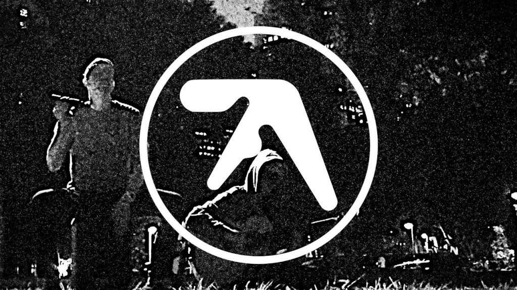 Aphex Twin - Xtal (Guitar & Cajon Cover) Видео