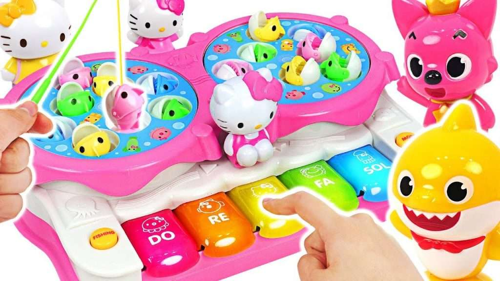 Hello Kitty Piano Fishing Play! Baby shark vs Pinkfong Fishing Game! #PinkyPopTOY Видео